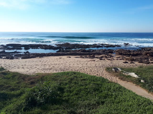 SOUTHERN COMFORT (centrally located in Scottburgh)