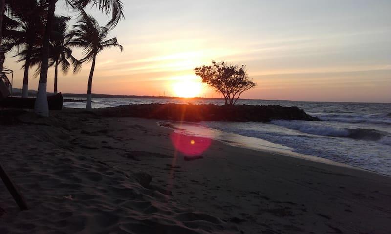 Ocean Front in Coveñas - Hotel frente al mar - Coveñas