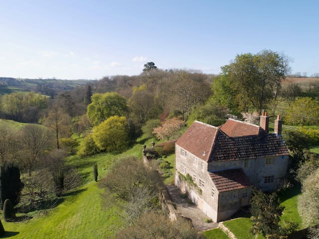 Luxury 3 bed Dorset cottage with stunning views