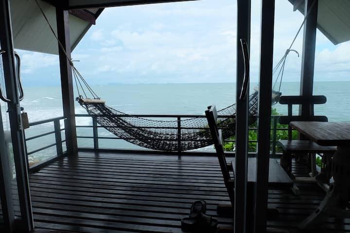 Seaview bungalow