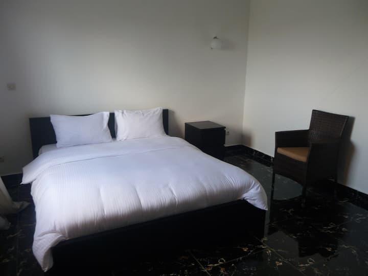Appartement spacieux  chambre et salon