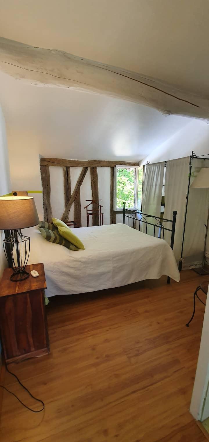 Nérac : jolie chambre pour couple à la campagne