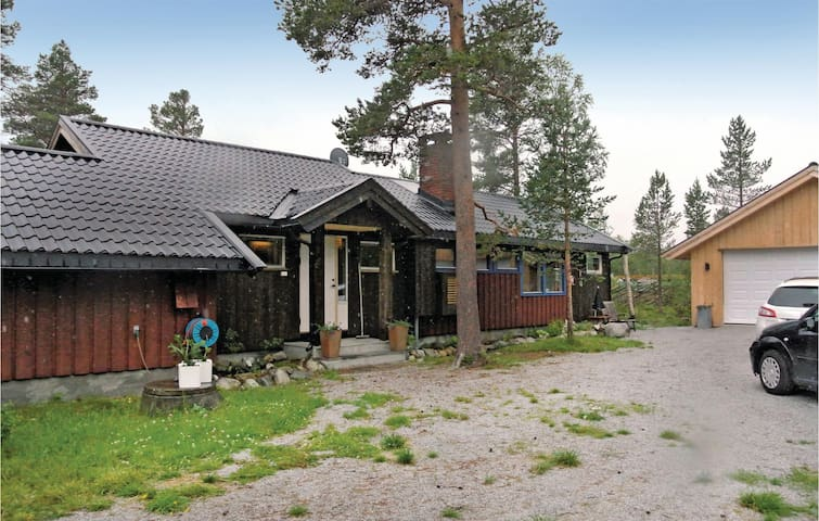 Holiday cottage with 2 bedrooms on 120m² in ÅL