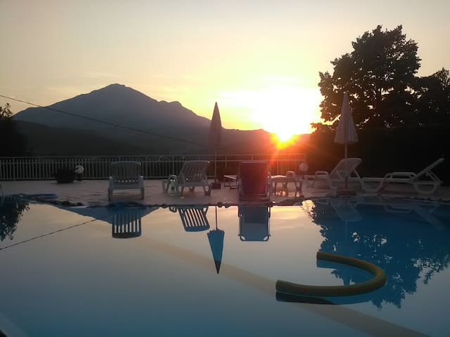B&b Villa Grillo - Cilento - Policastro Bussentino - Aamiaismajoitus