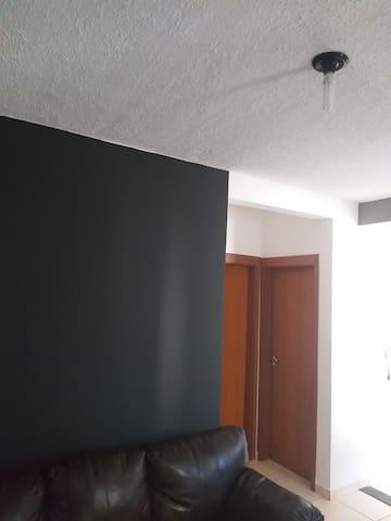 Quarto em Apartamento -Jardim Marajó, Rio Preto-SP