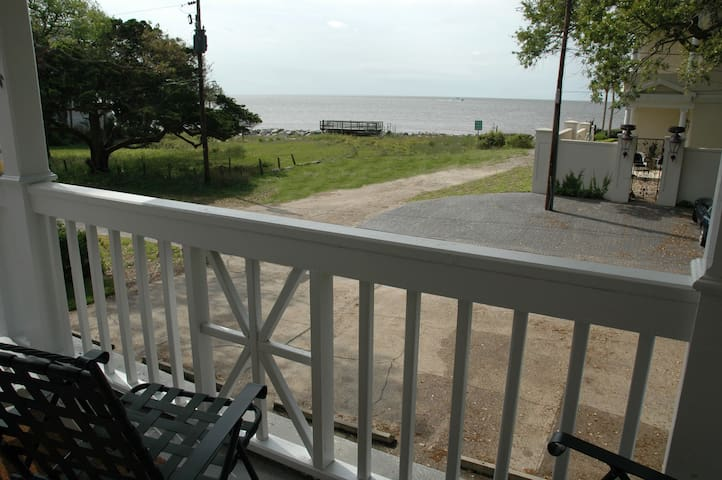 Ocean View! - 74 Steps to the Beach - Saint Simons Island - Appartement