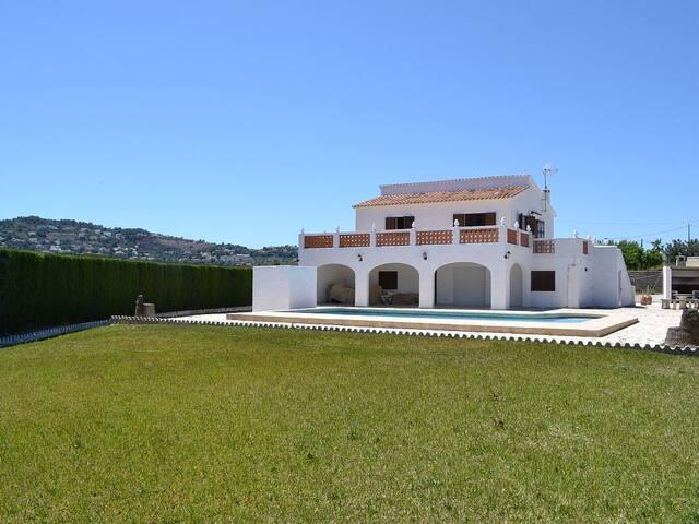 5 Bed Villa (Denia/La Xara) - Pool/Golf/Spa/Tennis