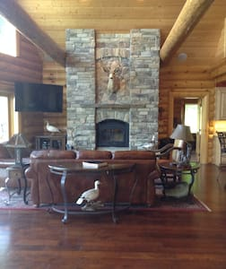 Log Home Living-30 minutes to Omaha and CWS - Thurman - Maison