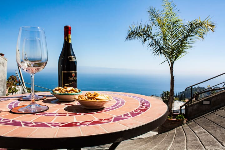 Casa Morgetia Junior 2 with view - Taormina - Apartemen