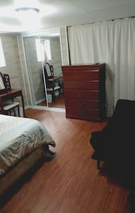 Basement room near Midway Airport