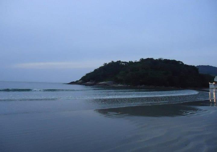 Linda Suíte na Praia, sossego,tranquilidade