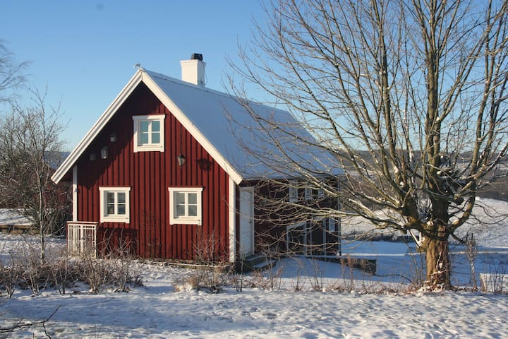 Farmhouse in Bjerrome. - Falkenberg N - Hus