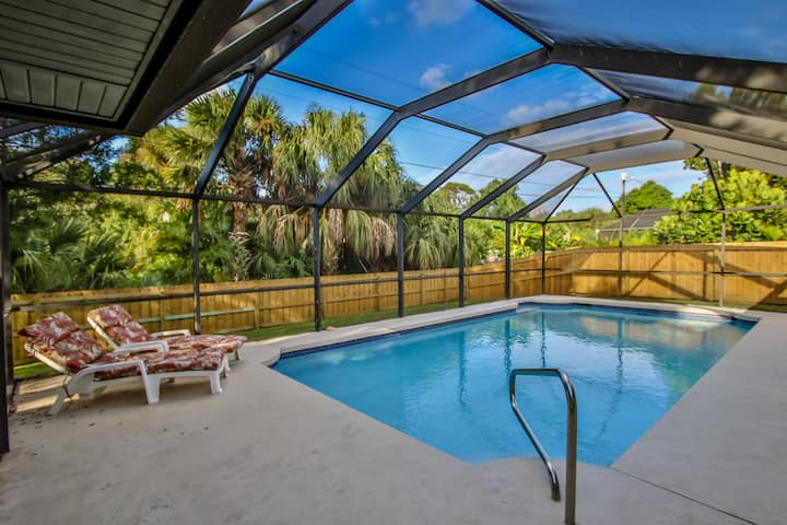 Heated pool & pet-friendly on Florida's East coast
