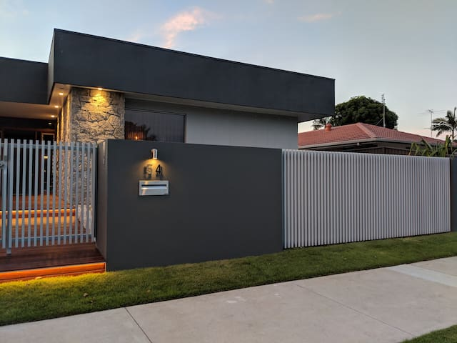 Stylish Guest House in the Heart of Mooloolaba