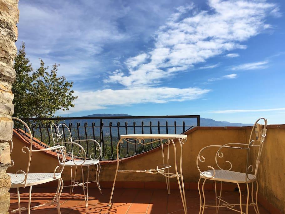 Villa rosanna in collina vicino a firenze ville in - Magazzino della piastrella e del bagno firenze fi ...