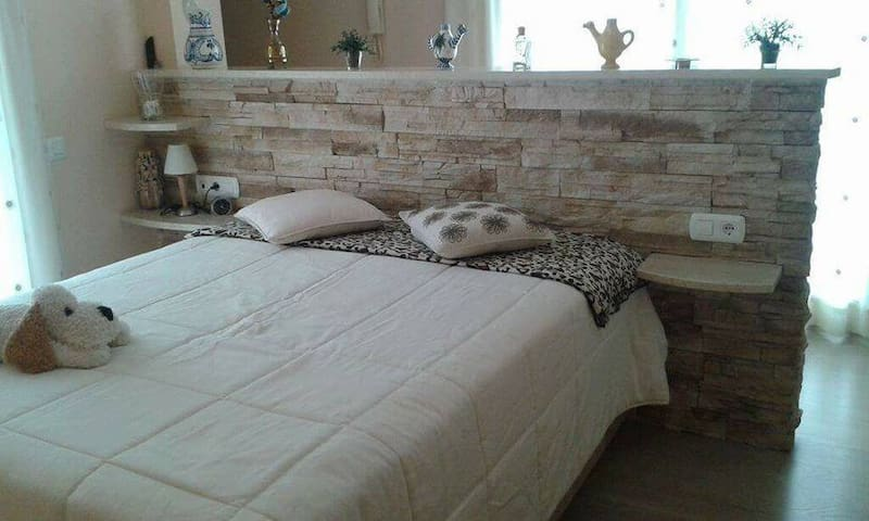 Habitación doble con baño privado y terraza DUPLEX