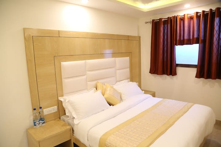 Affordable  pvt rooms in Central Delhi@ Paharganj.