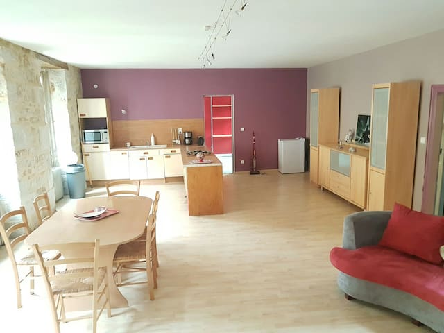 Joli appart hotel 3 chambres 6 personnes - Vayrac - Pis
