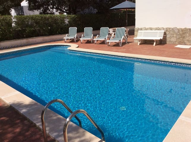 CHALET PISCINA PRIVADA Y PARKING - Illes Balears - Dom