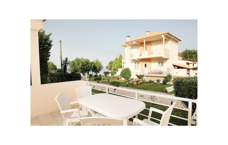 Semi-Detached with 3 bedrooms on 120m² in Diakopto Achaias