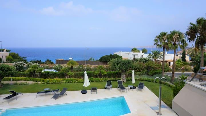 Lovely Sea View Condo on Cala Tarida