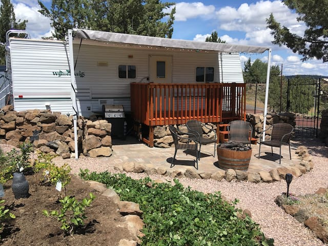 Rimrock Garden Retreat - No Cleaning Fees!