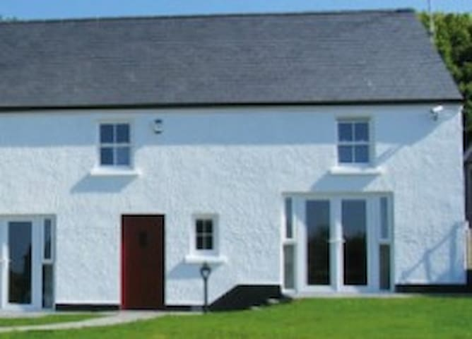 Finn Valley Cottages - Foyle Cottage - Strabane - House
