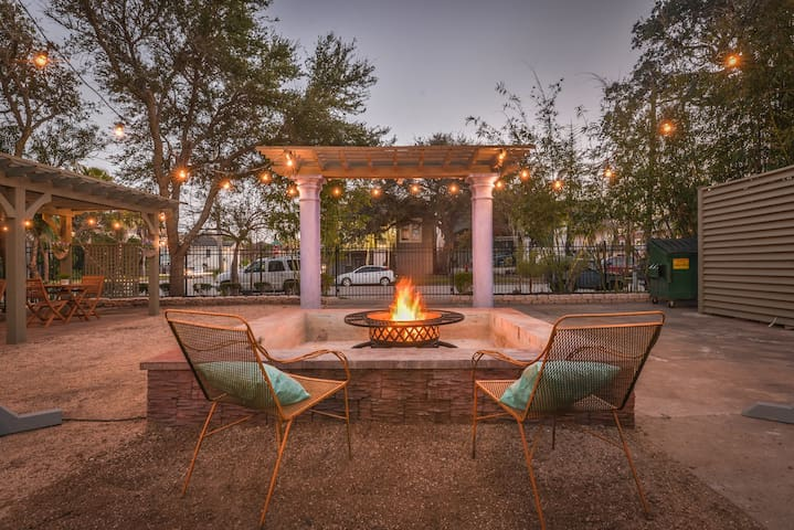 ♥The Starfish♥Walk to Beach/Gorgeous Patio/Firepit