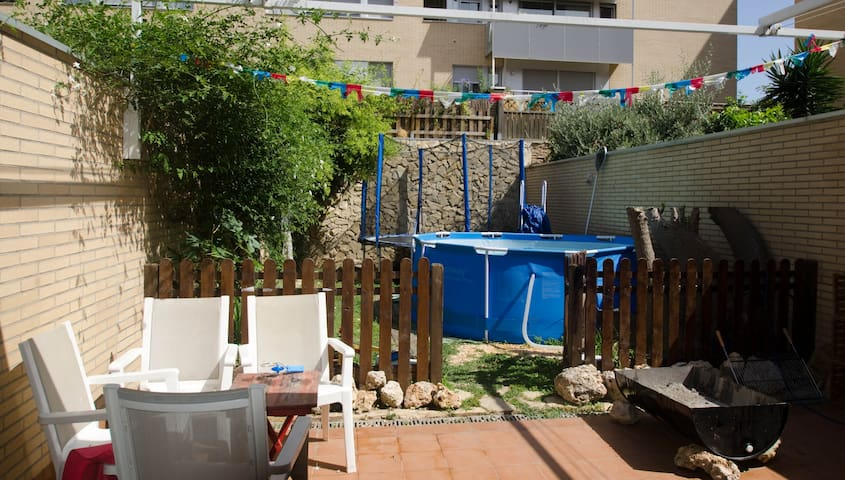 Attached in Poblenou close to the beach