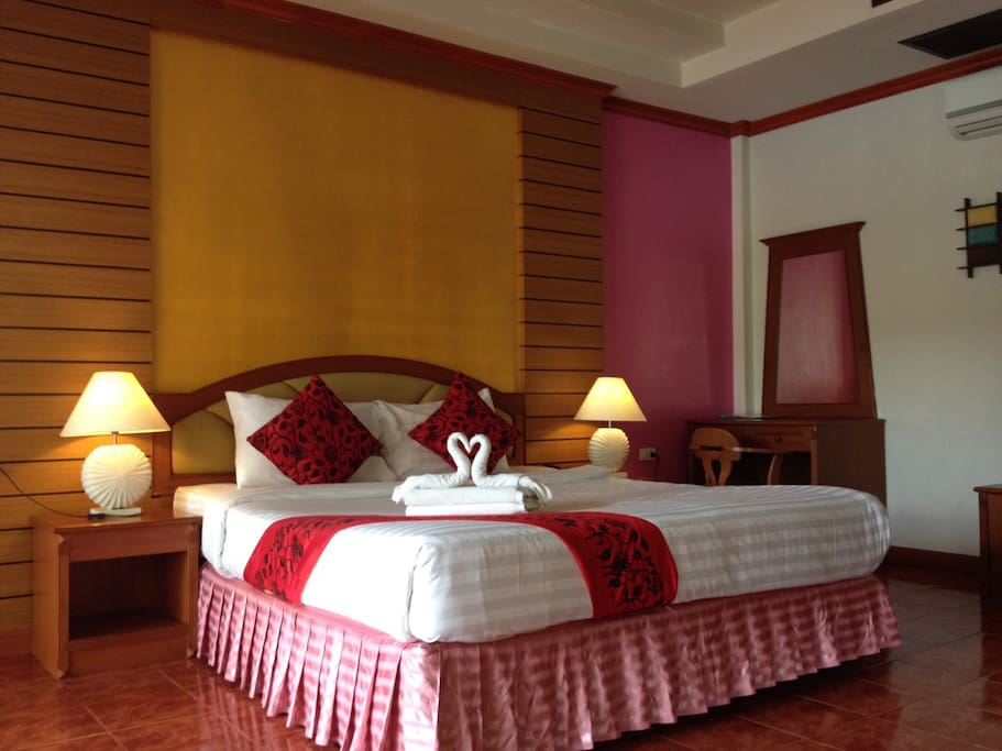 Luxury deluxe room. Twin or double king bed