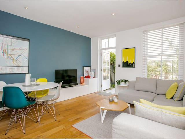 Authentic East London Renovated Townhouse & Garden