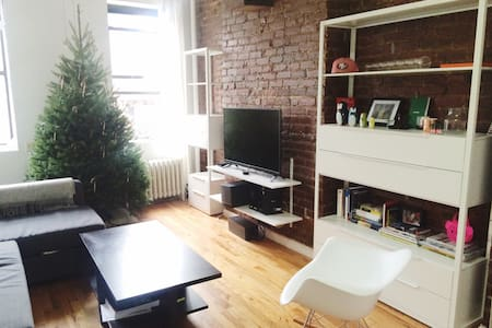 New! Bright East Village Apt!