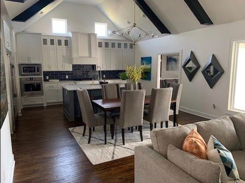 Luxurious Modern Farm House