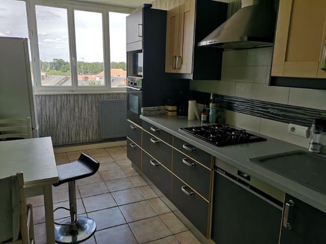 Appartement spacieux 99 m2 - Juillet et Aout