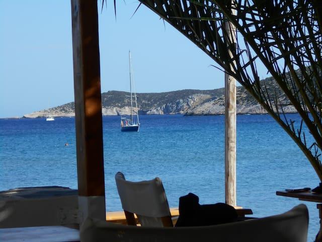 ~ Sailing the Cyclades ~ Single berth (a) ~ - n/a - Bateau