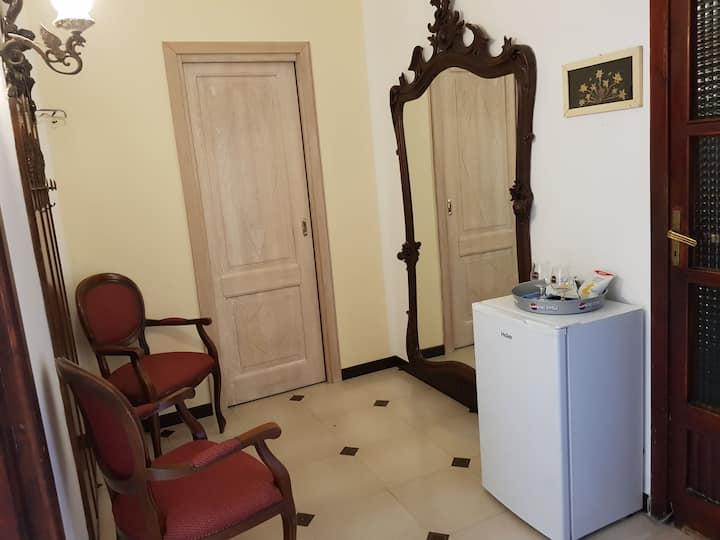 Appartamento senza cucina vicino centro storico
