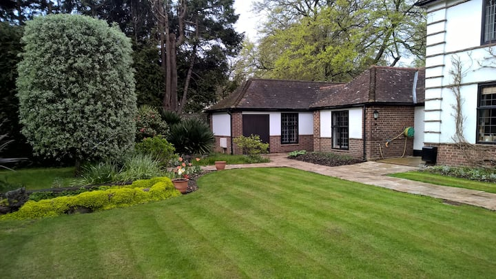 Luxury Garden annexe in a great location