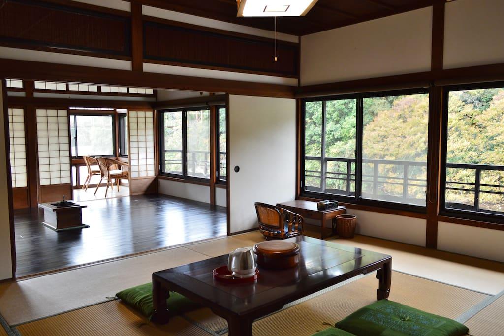 眼下に貴志川が広がる開放的なお部屋です Both room have great view of Kishi-river