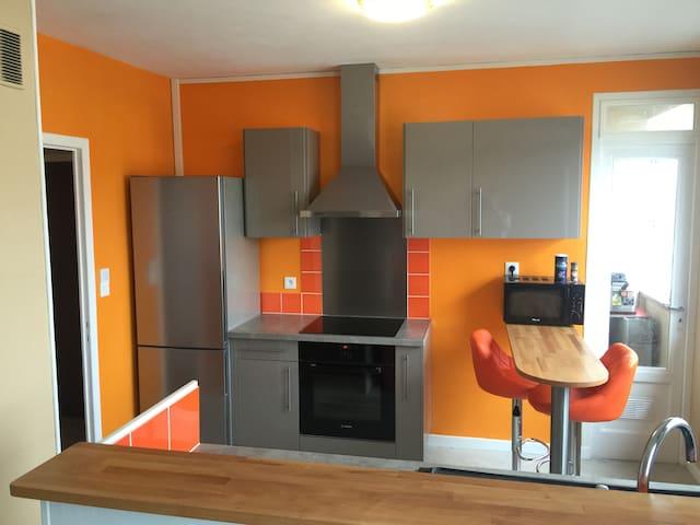 F3 rénové en hyper centre - Clermont-Ferrand - Appartement