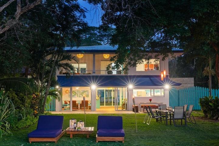"Live the ""Pura Vida"" life in this beachfront home!"