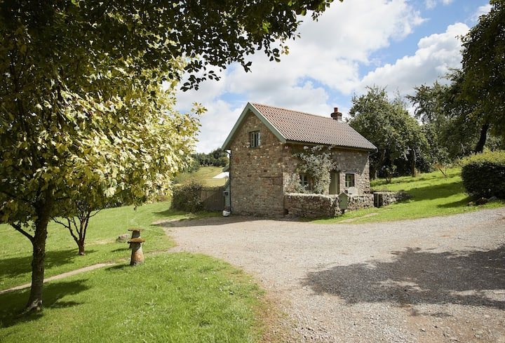 Orchard Cottage (Monmouthshire)