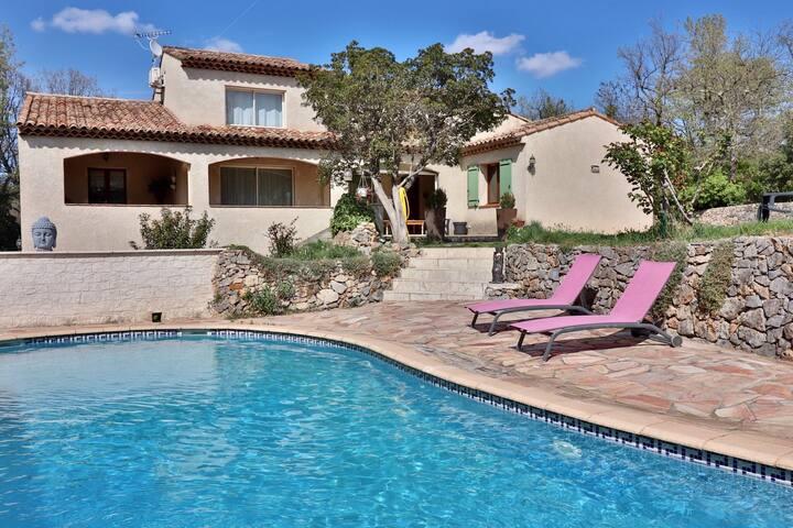 Villa familiale de 200m² et sa jolie piscine