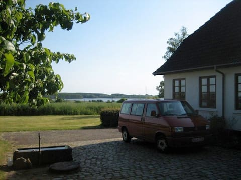 Lene´s house with a sea view, come and relax
