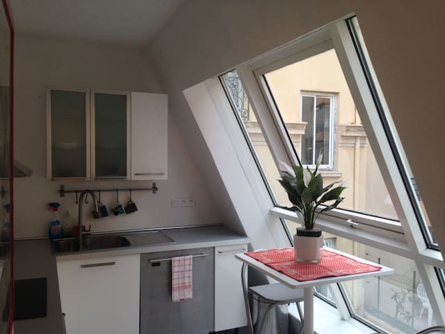 Room (3) w/kitchen, 3 min from Monaco - Beausoleil - Huoneisto