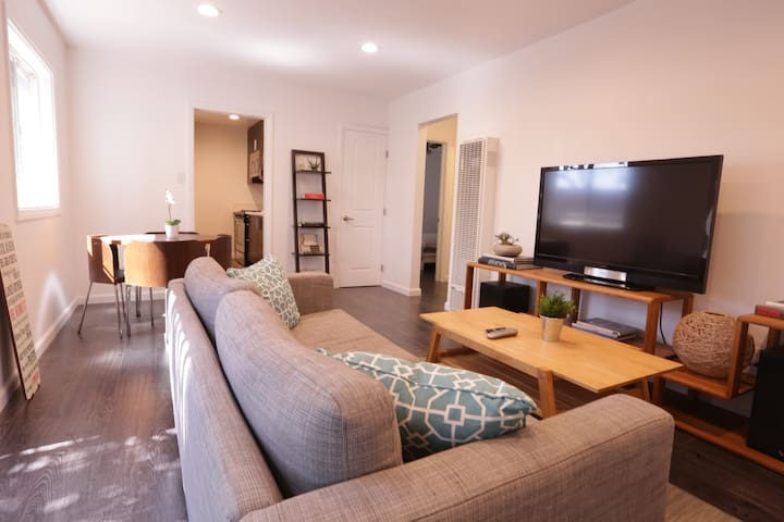 2 Bedroom Newly Remodeled Modern Apartment - Torrance - Apartemen