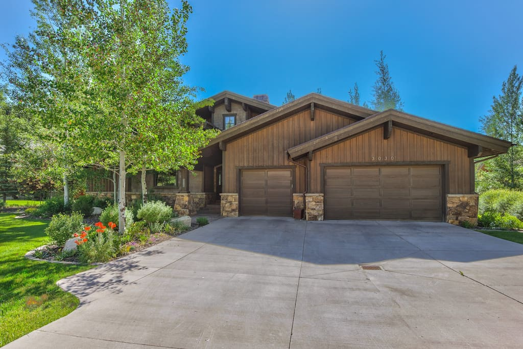 Beautiful home in Lower Deer Valley