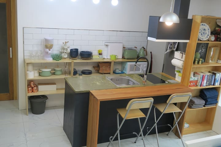 studio Kintex