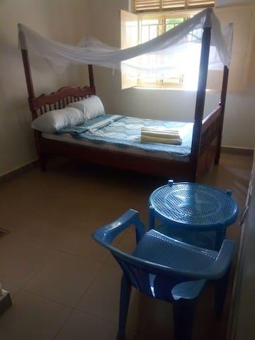 Climax Guesthouse - Kagando