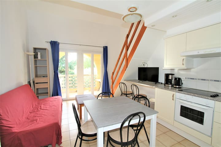 2 bedrooms appartment + swimming pool