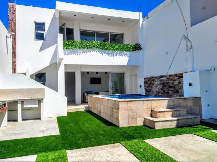 Casa en San Carlos con alberca privada